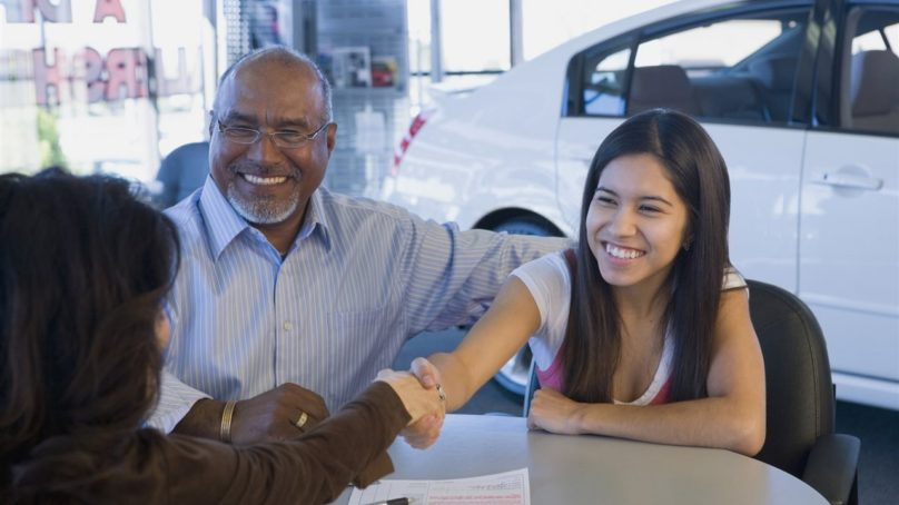5 tips when buying a car for a teen